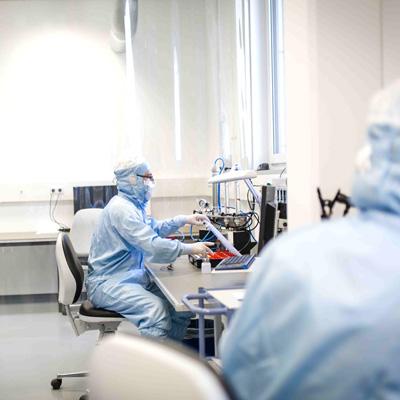 Kugler Salem Ultrapräzision und Mikrobearbeitung Reinraummontage